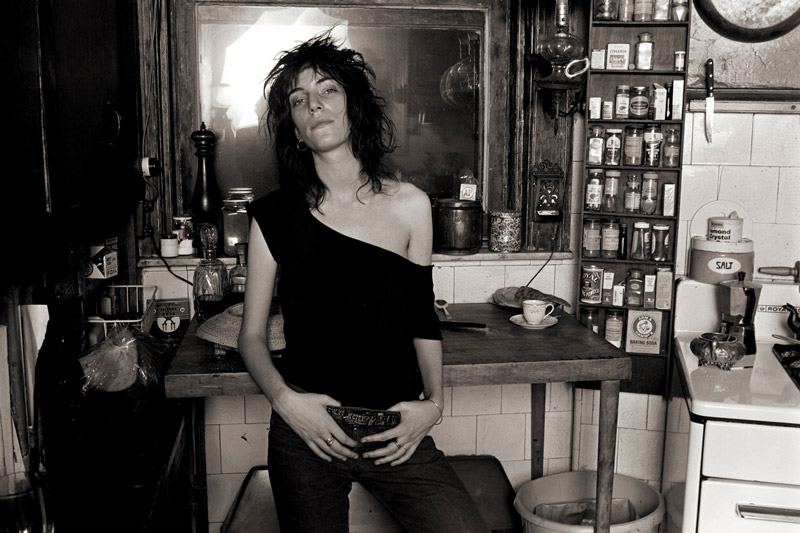 Patti-Smith-In-Kitchen