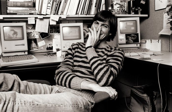 Steve-Jobs_StripedSweaterLaughing