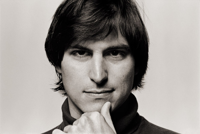 Steve-Jobs_ThumbOnChinOriginal